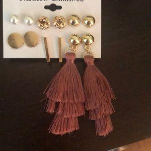 Jewelry - Brand New- 6 pair of earrings